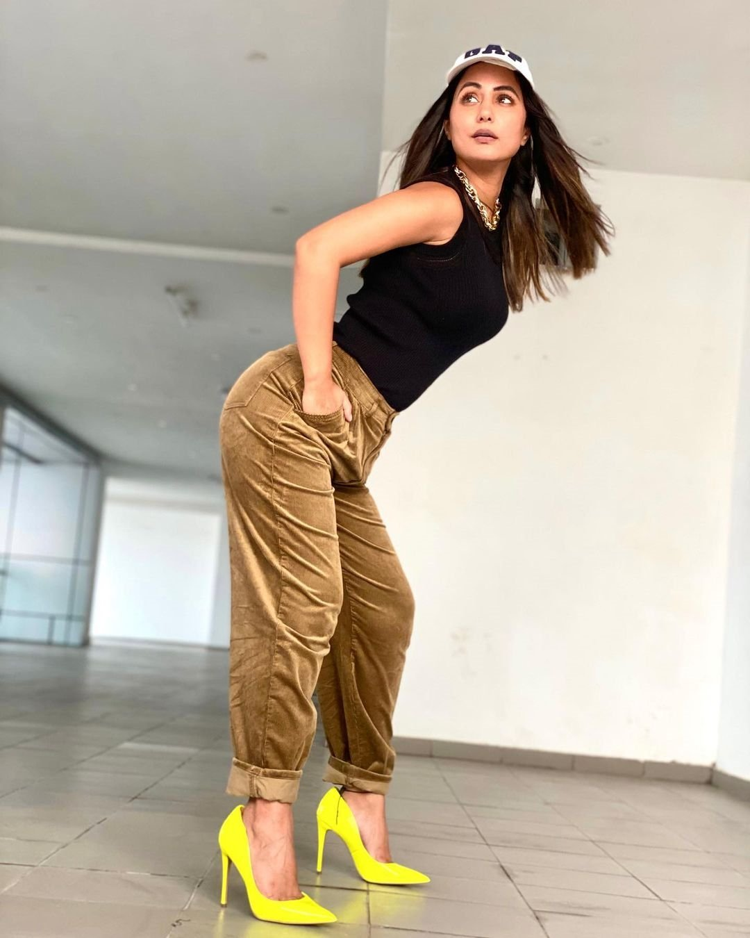 Bollywood Actress New Images In Stylish Look