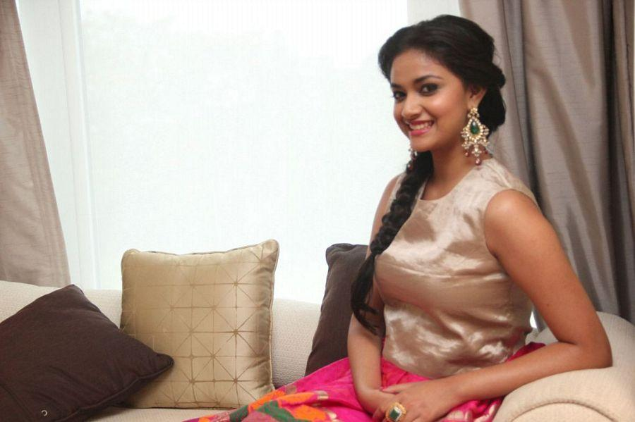 Keerthy Suresh with family Rare & UNseened Photos