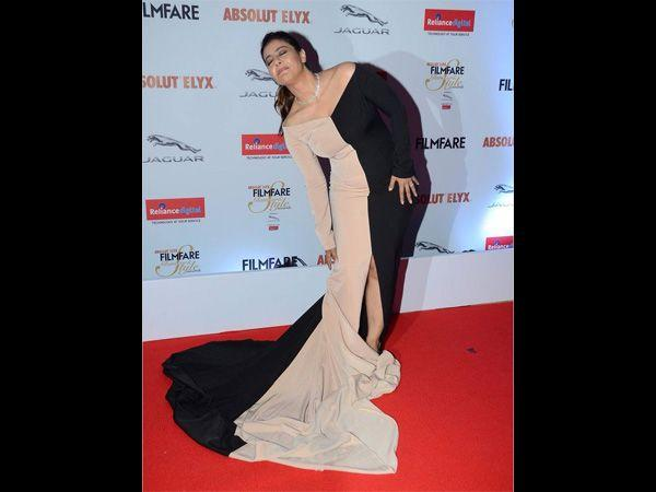 OOPS Embarrassing Moment of Kajol at Filmfare Glamour & Style Awards