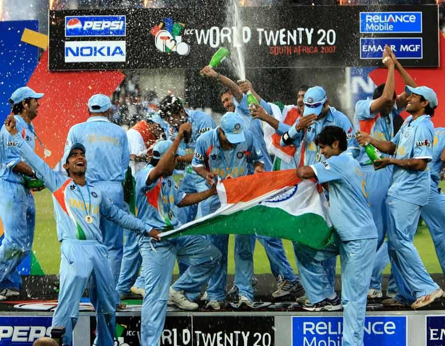 Team India's Rare & Unseen Moments in 2007 Worldcup Victory