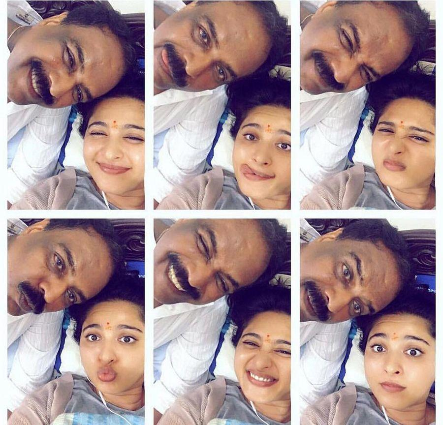 B'day Special: Anushka Shetty Funny Selfies Moment Captured Photos