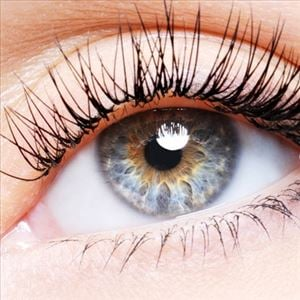 Protecting & Beautifying your Eyes Naturally