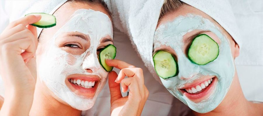 Cucumber face mask for glowing face