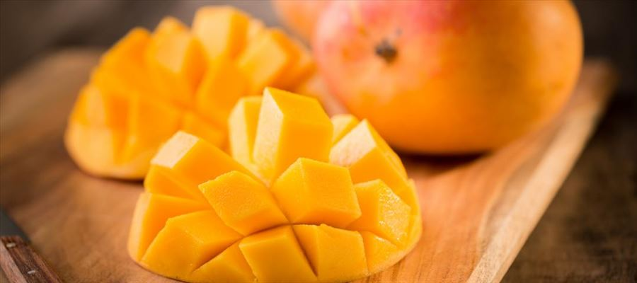 Healthy benefits of eating Mangoes which you may not have known
