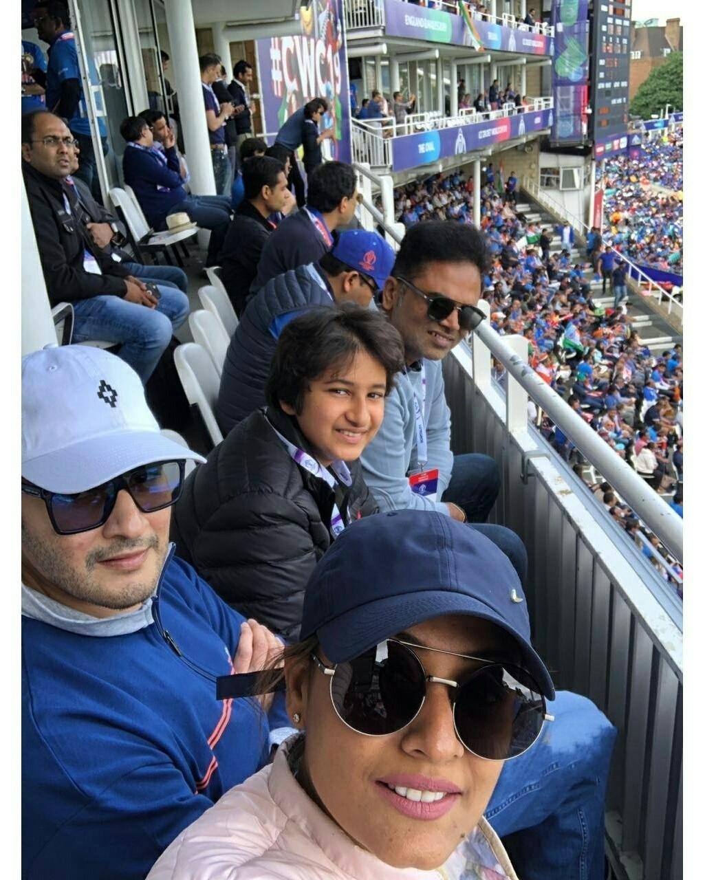 Mahesh Babu,  Vamsi Padipally And Gautham Stills From India Vs Australia ICC Cricket 2019 World Cup