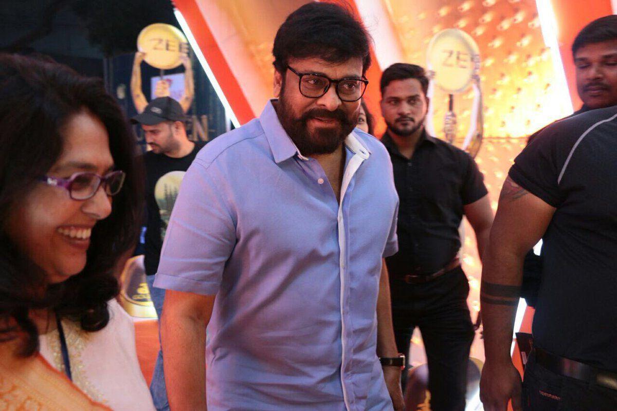 Megastar Chiranjeevi at Zee Golden Awards 2017 Photos