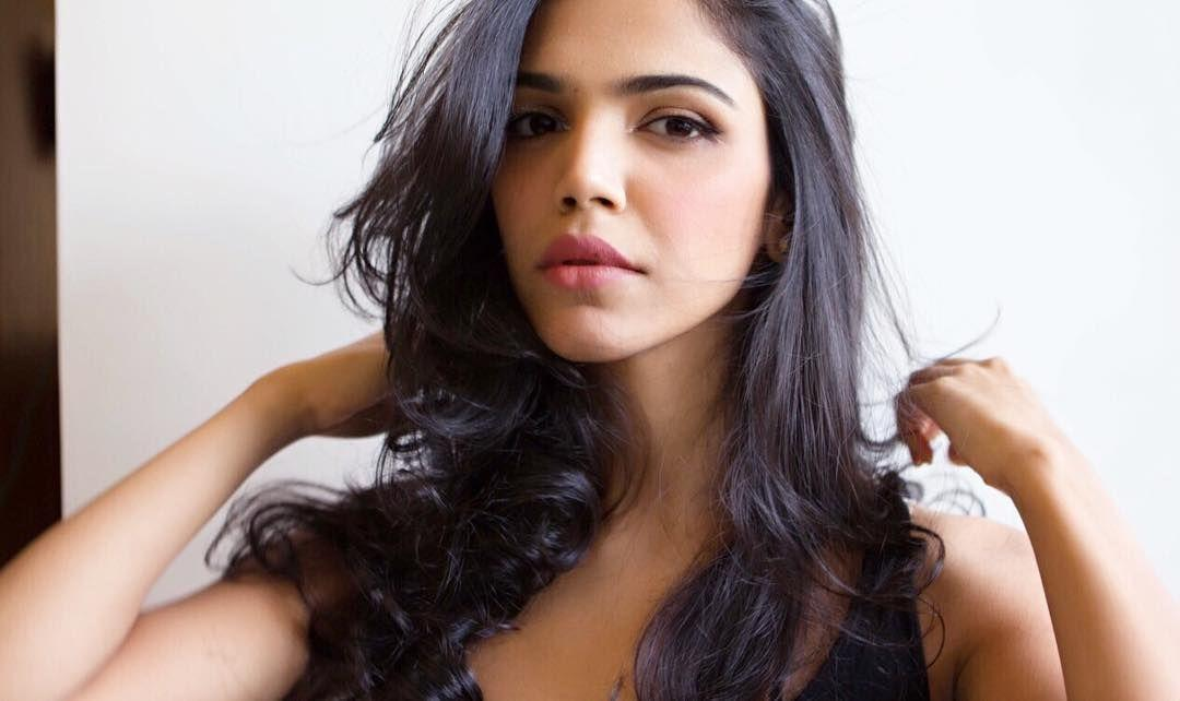 21 Hot and Sexy Images of Shriya Pilgaonkar Photos That will Make you Her Fan