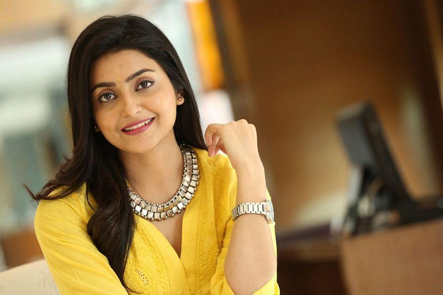 Actress Avanthika Mishra New Photos