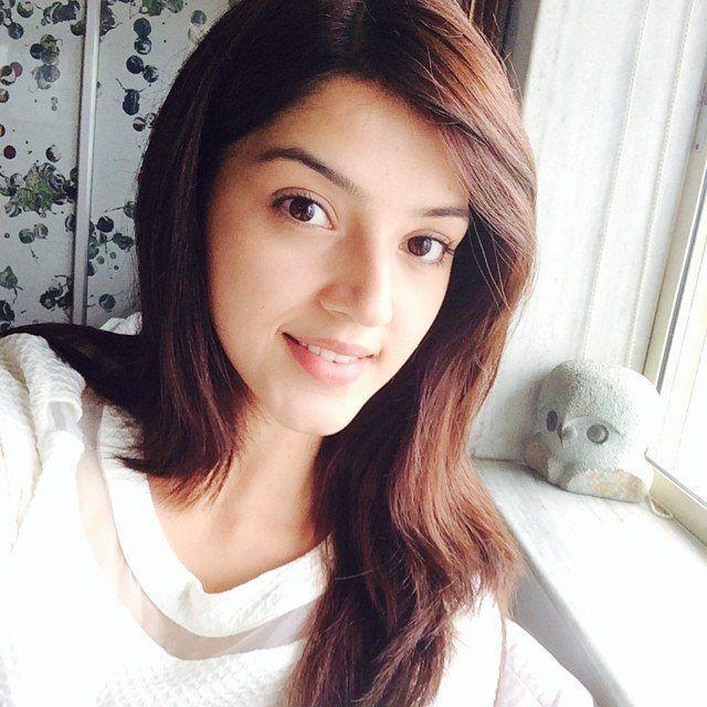 Can Mehreen shower some Luck on Mahesh Babu