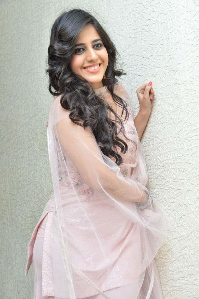 Actress Simran Pareenja Latest Stills