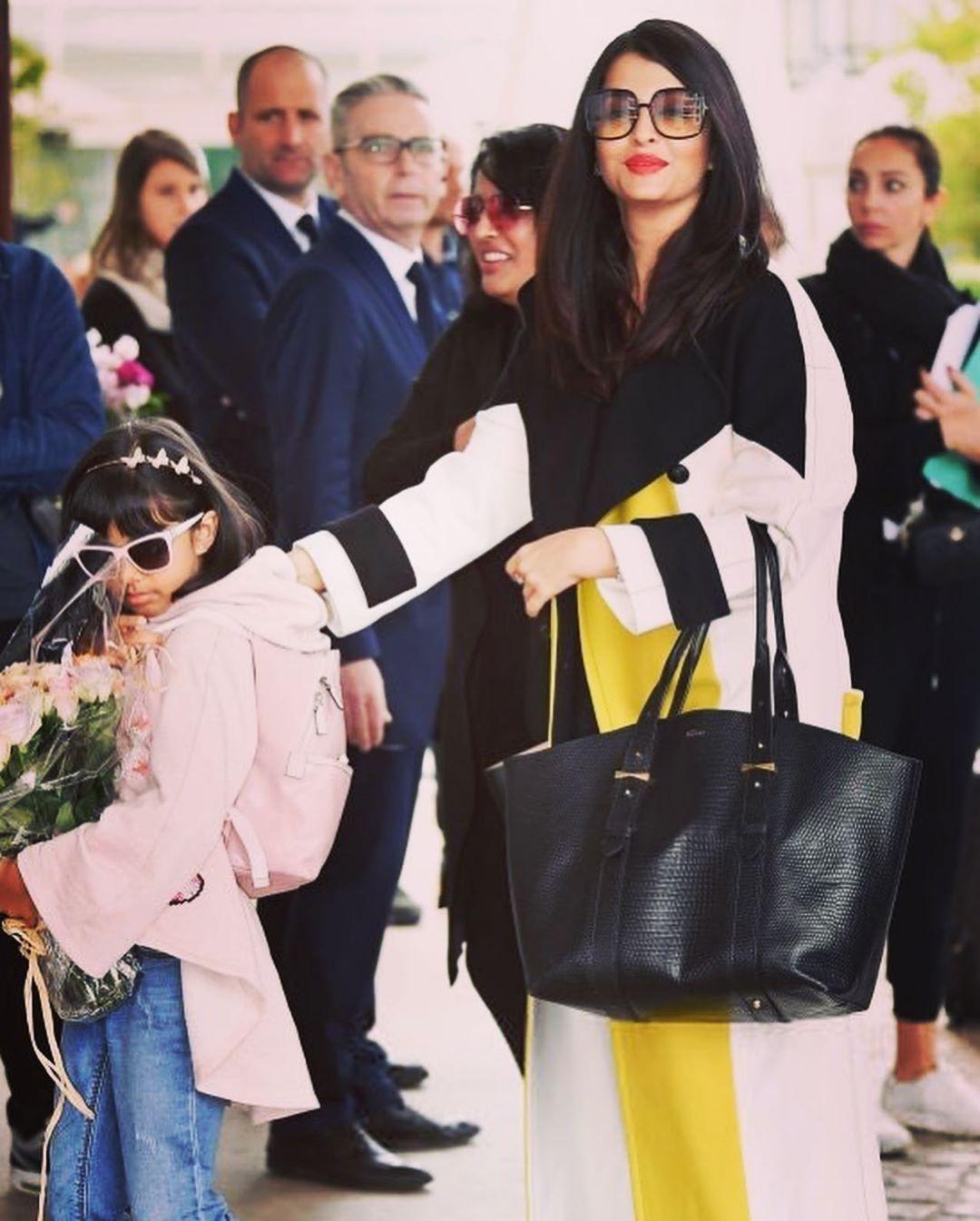 Aishwarya Rai spotted with her daughter Aaradhya