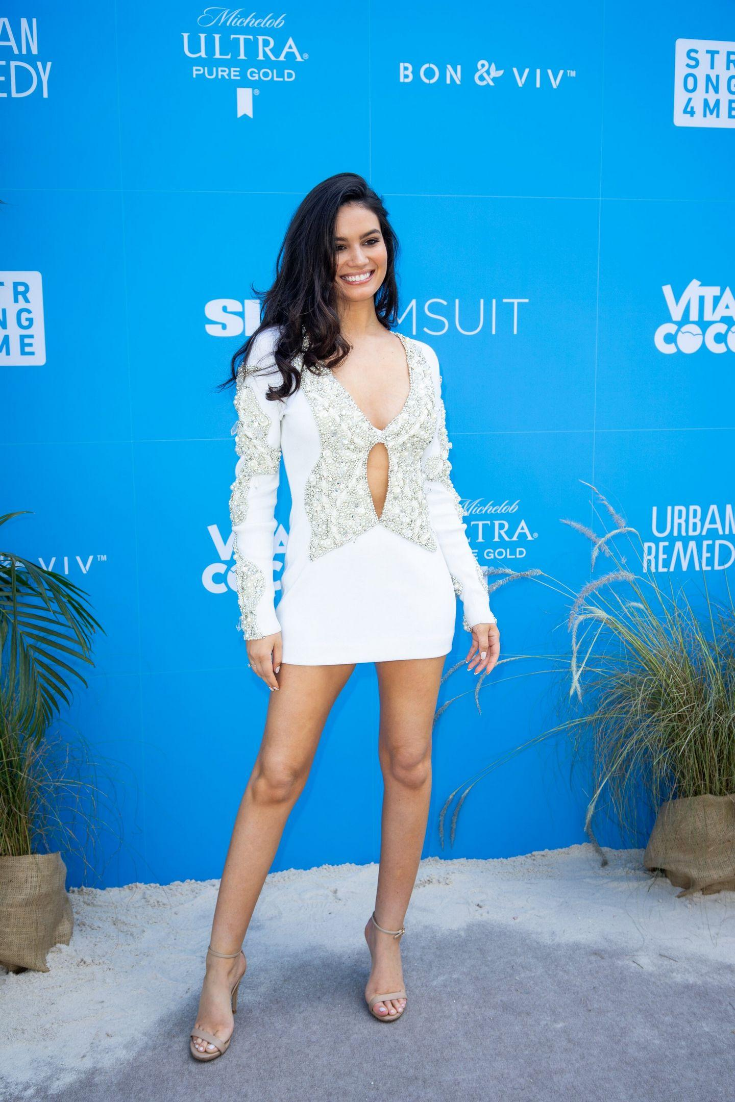 Anne de Paula - Sports Illustrated Swimsuit On Location Ice Palace Miami