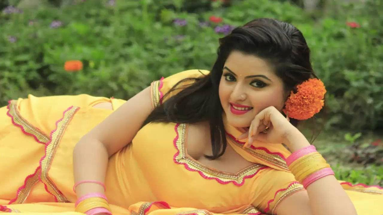 Bangladeshi Actress Pori Moni Beauty And Lipsticks Unseen Pics