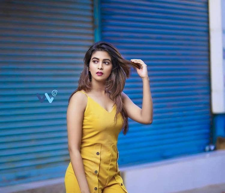 Bhavana Rao Latest Hot & Spicy Unseen Photo Stills