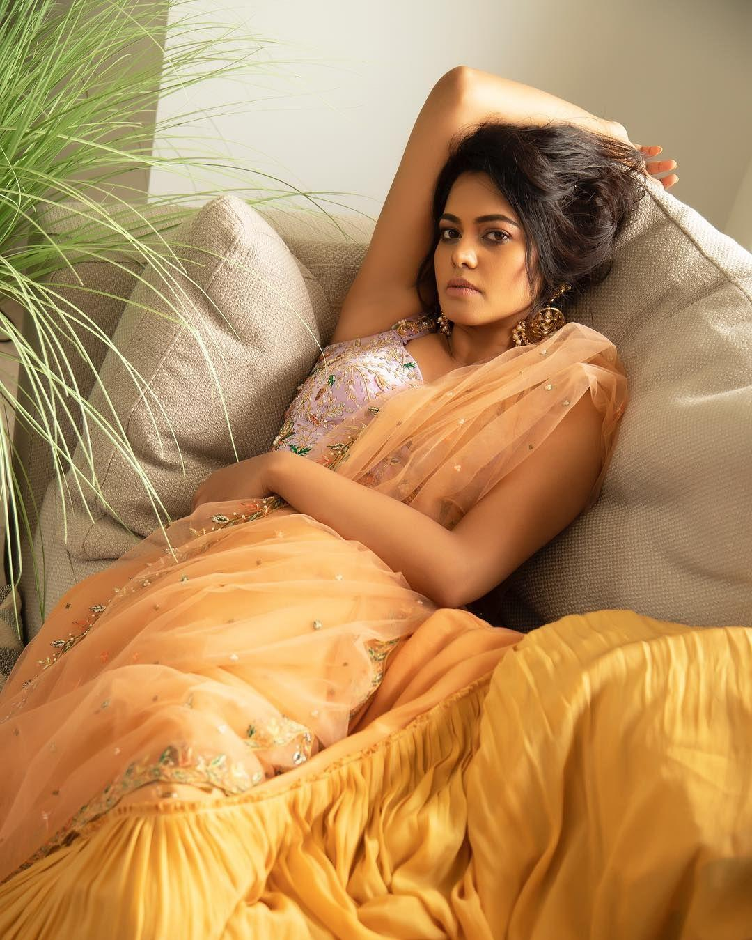 Bindhu Madhavi Latest Photoshoot