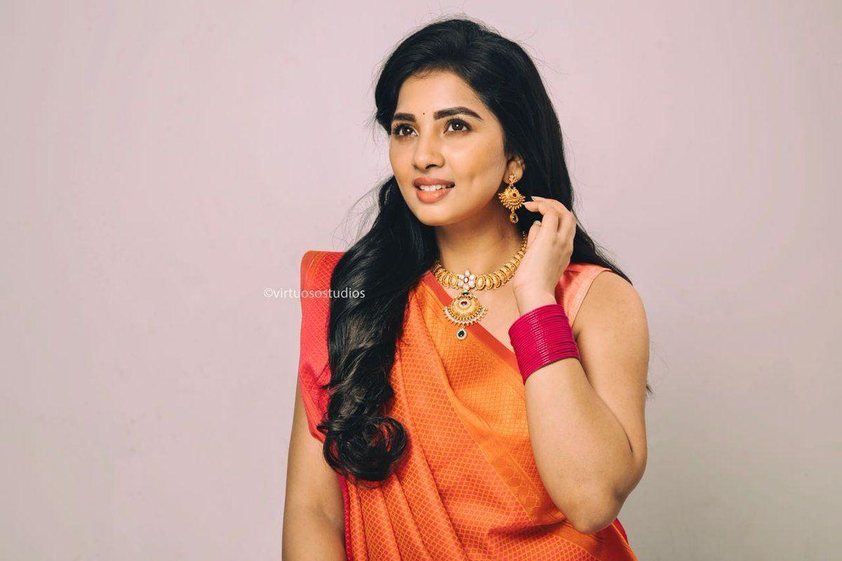 Dimple Beauty Sruthi Dange Latest Photoshoot Pics