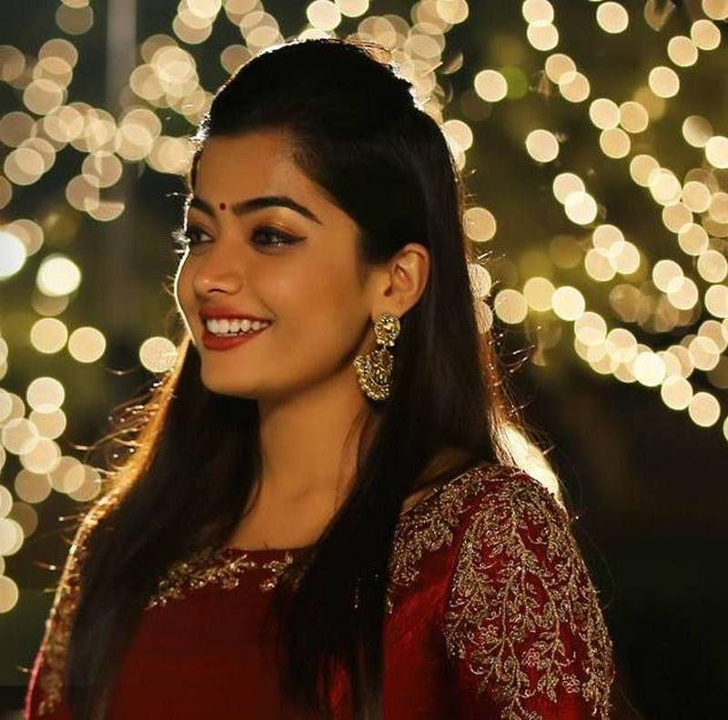 Geetha Govindam Movie Heroine Rashmika Mandanna Latest Stills