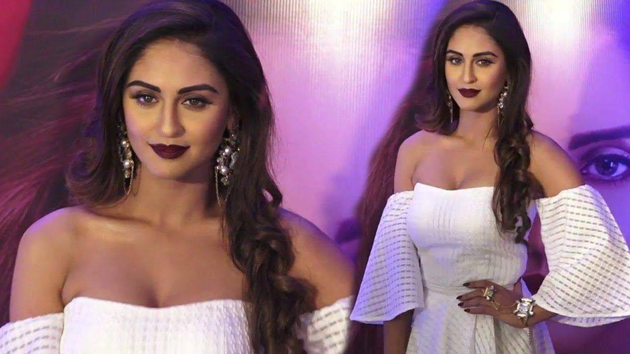 Indian TV Actress Krystle D'Souza Unseen Hot Photos Collections!