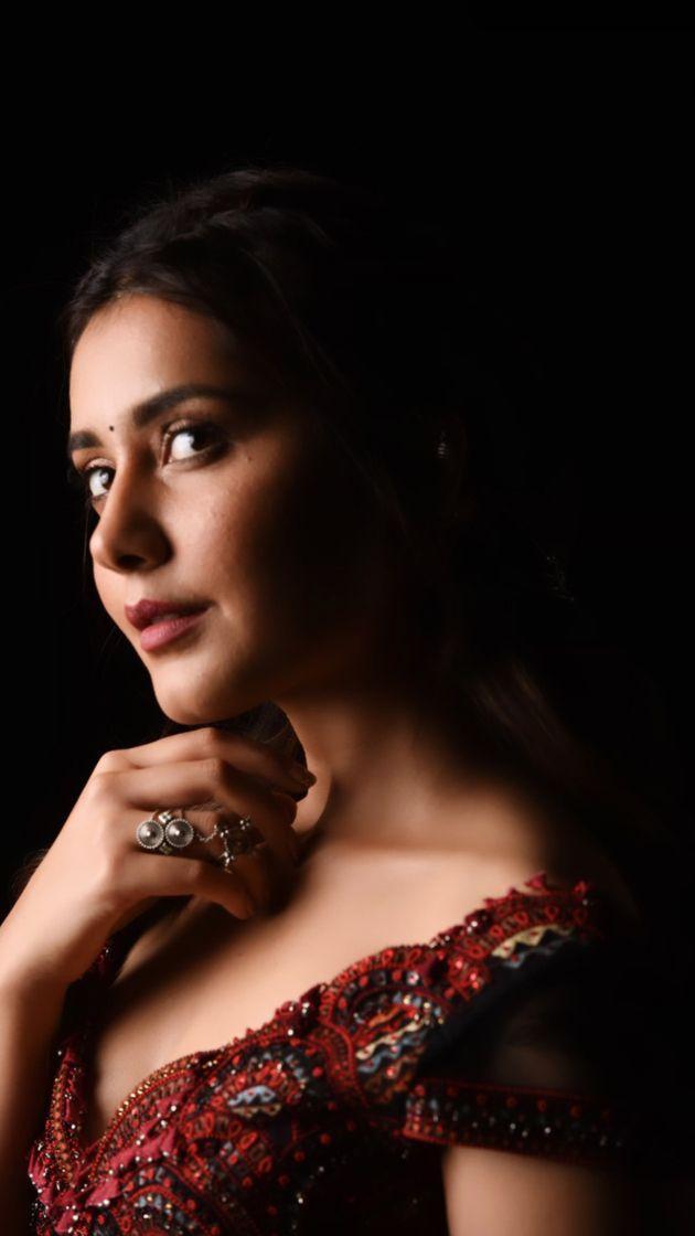 Latest Photos of Raashi Khanna
