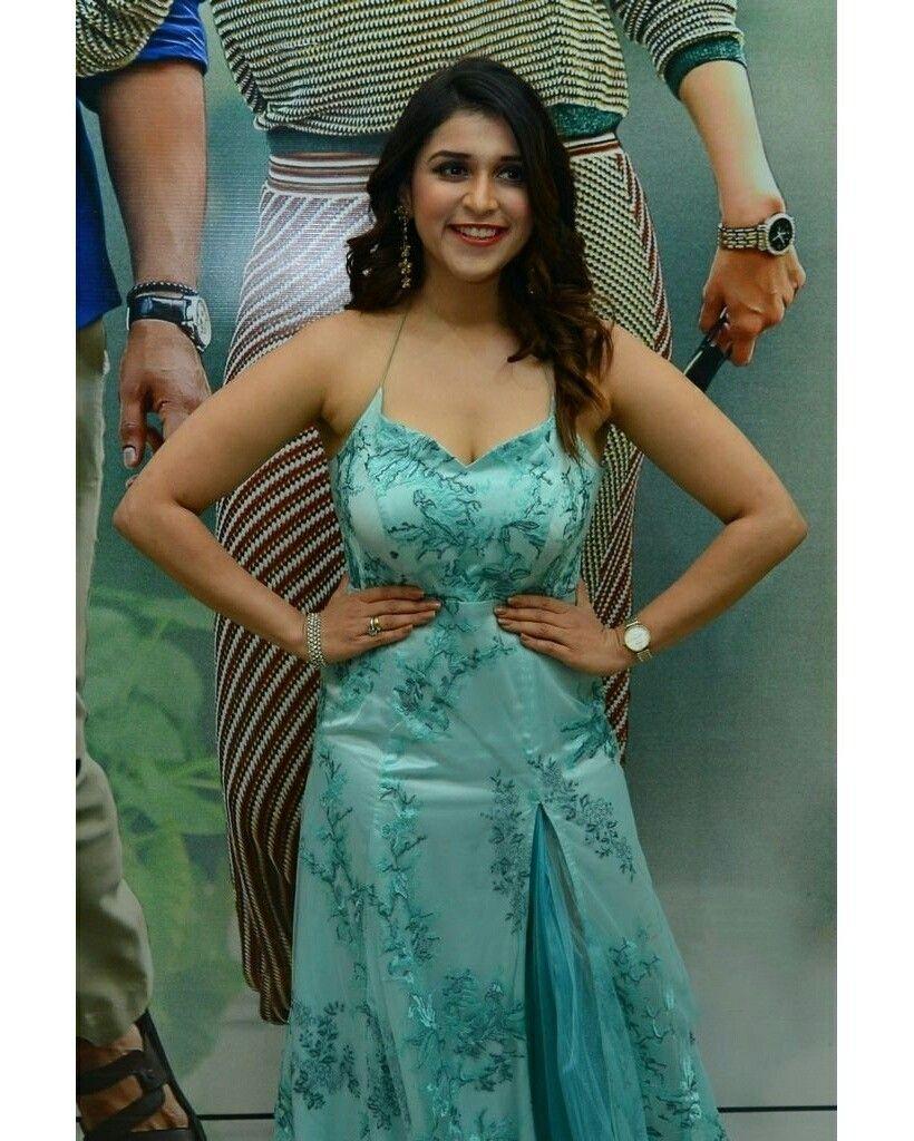 Mannara Chopra at Sita Pre release event