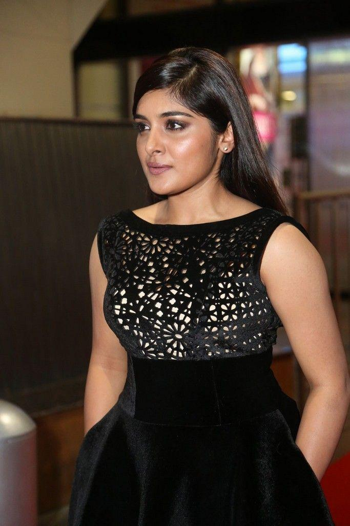 Nivetha Thomas Stills At 64th Filmfare Awards 2017