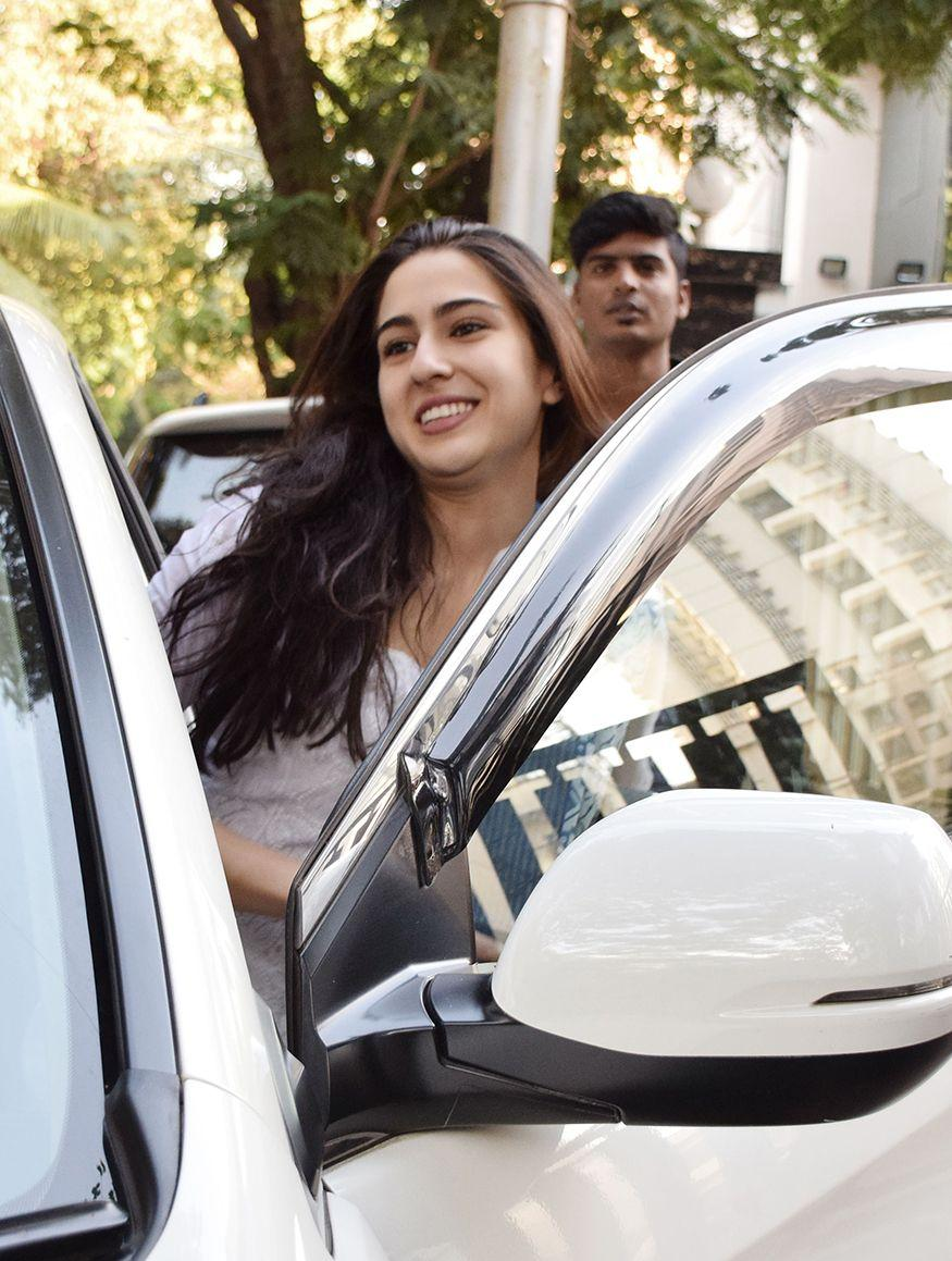 PHOTOS: Sara Ali Khan Spotted Post her Workout Session