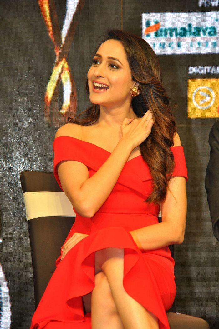 Pragya Jaiswal Stills at Siima Curtain Raiser Event