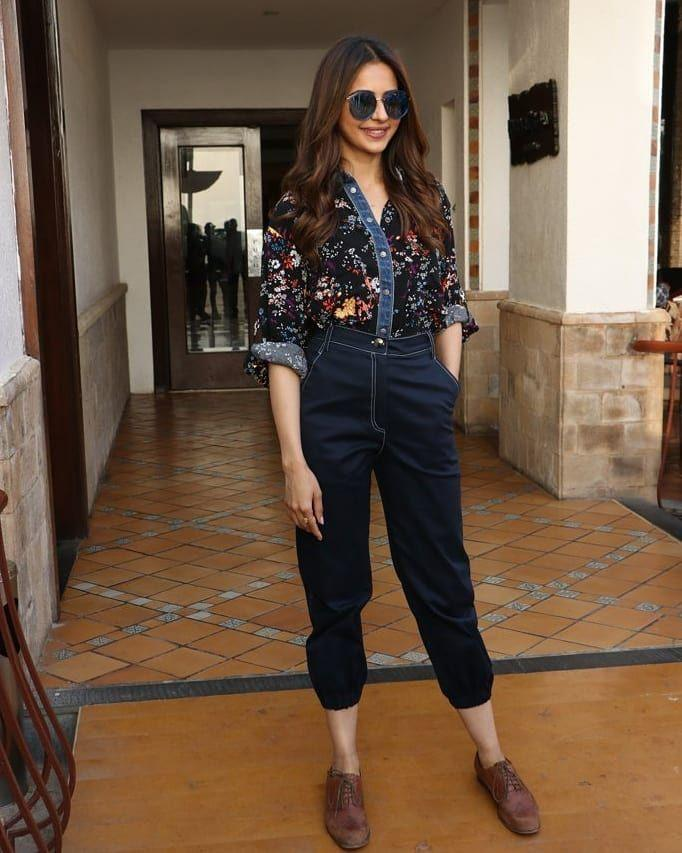 Rakul Preet shows off her style quotient in latest media interaction