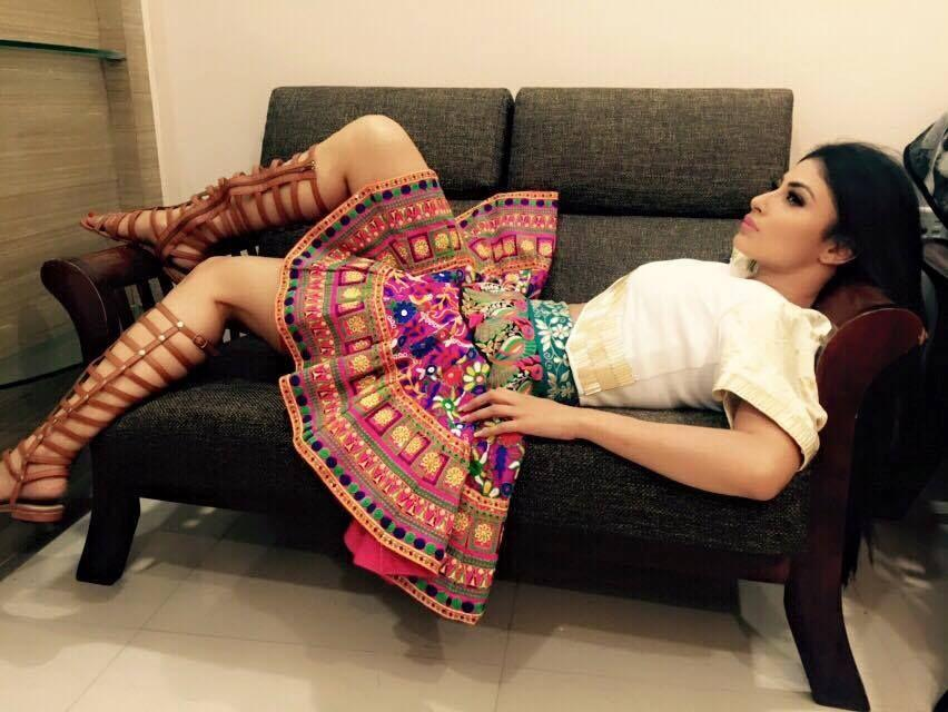 Rare & UNSEEN Private Photos of TV Actress Mouni Roy