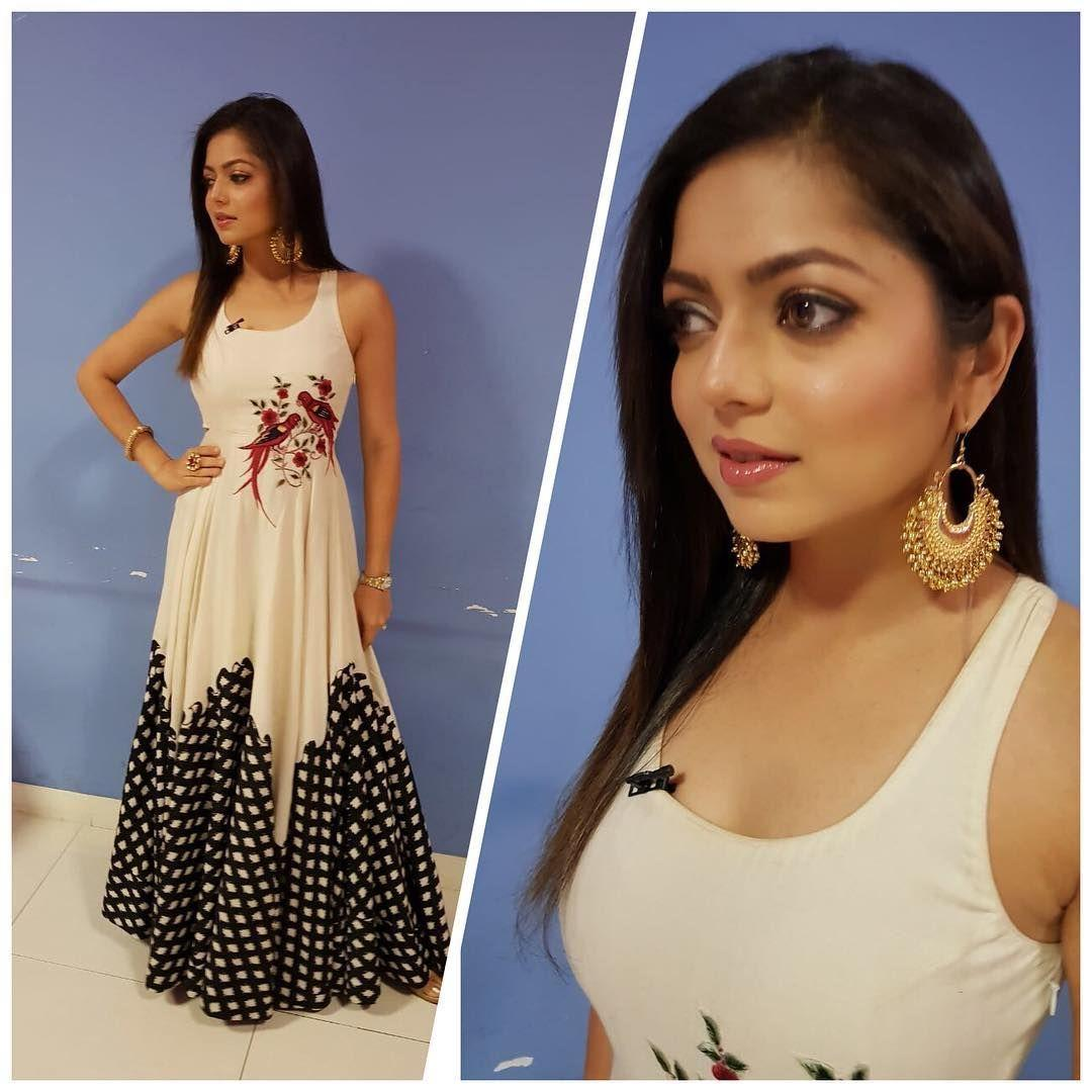 Serial Actress Drashti Dhami Latest Unseen Hot Photo Stills