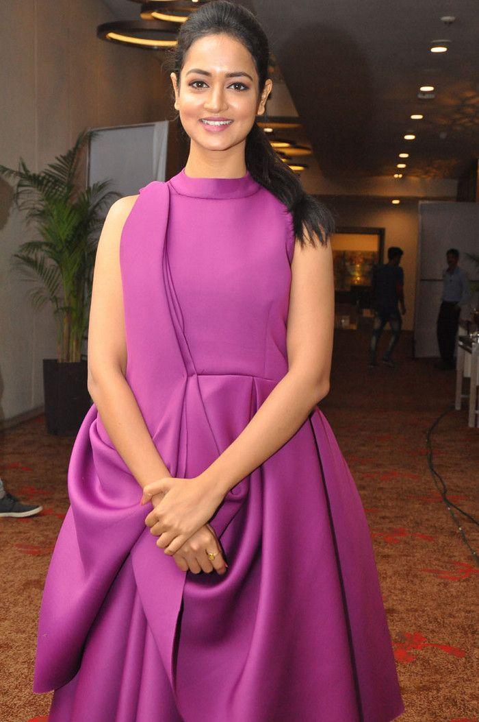 Shanvi Srivastava at Siima Curtain Raiser Event Photos