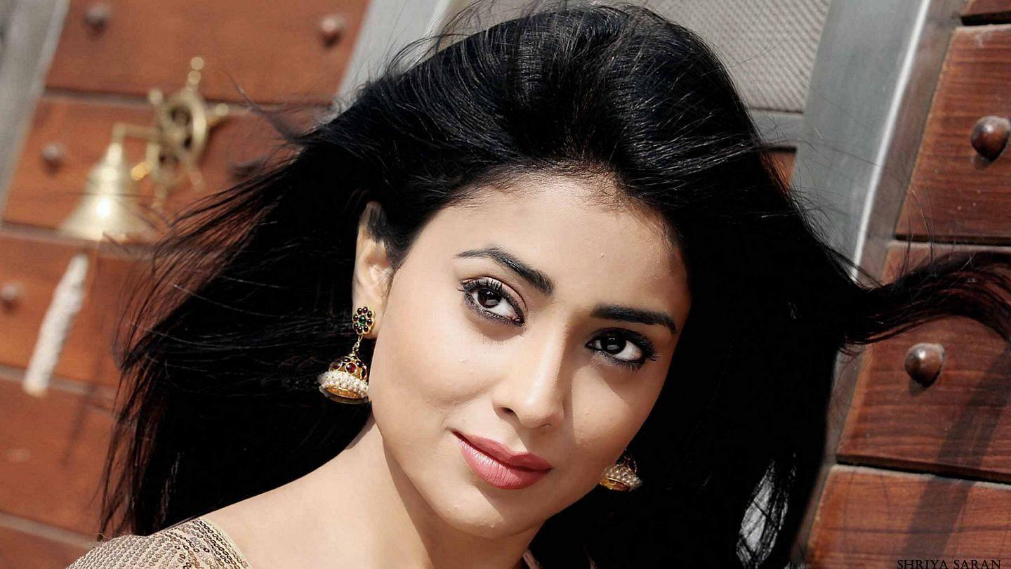Shriya Saran Hot Photoshoot Stills