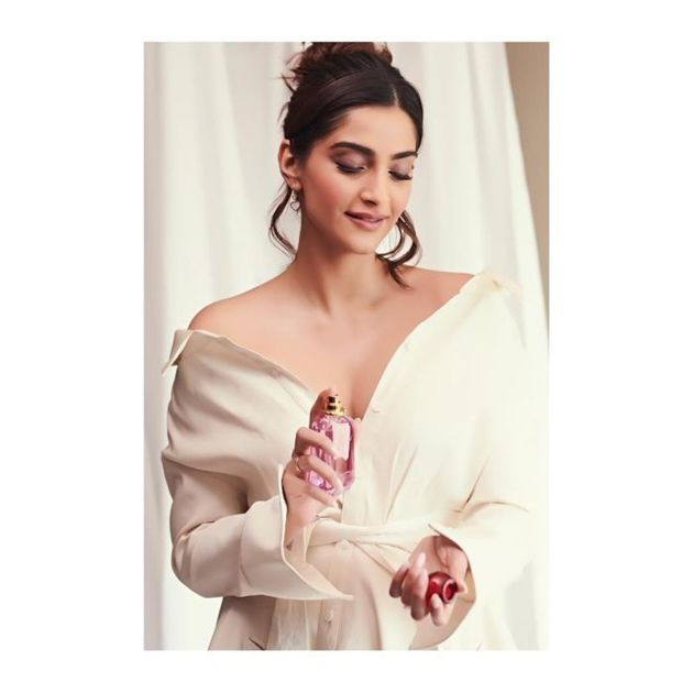 Sonam Kapoor HD Photos