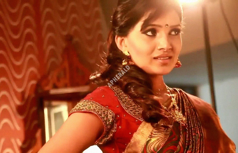 TV Actress & Model Vani Bhojan Latest Unseen Photo Stills