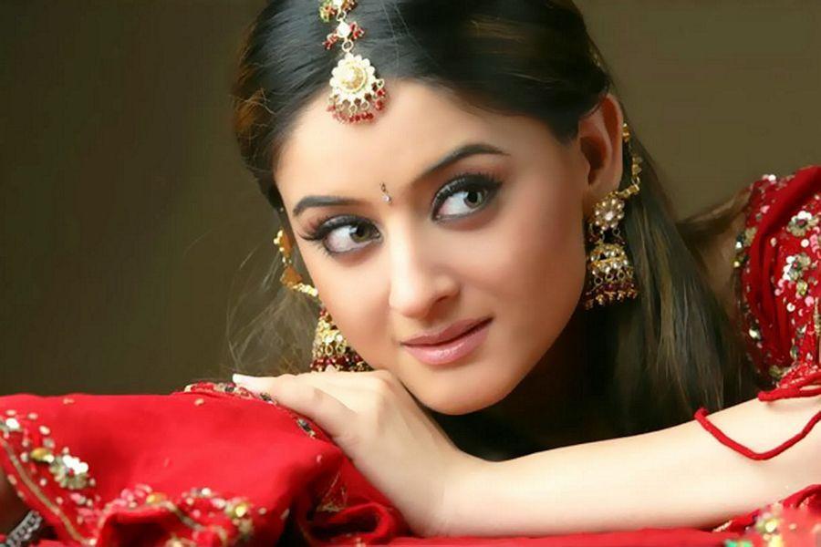 TV Actress Mahhi Vij Latest Stills