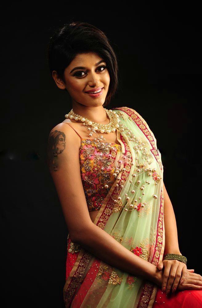 Tamil Actress Oviya Helen New HD HOT Photoshoot Stills