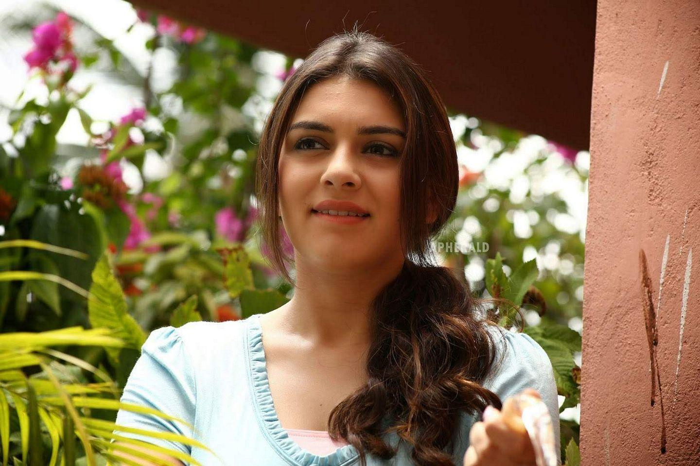 Unseen photos of Hansika from her early days