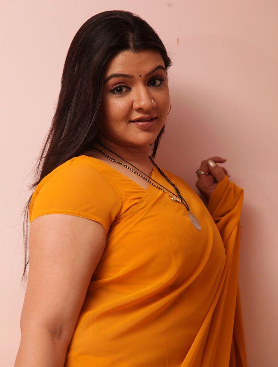Saree blouse bra photos M: Stretchable Lycra Gold Ready-made Saree Blouse