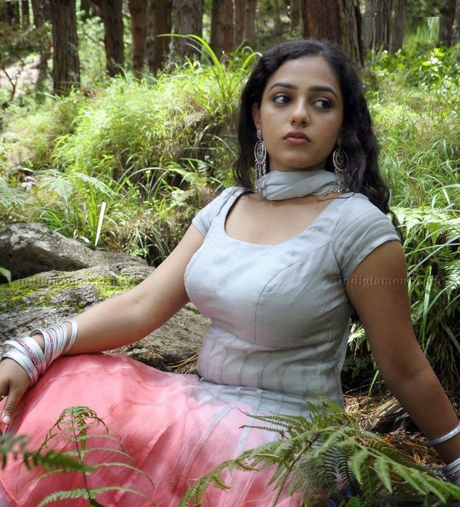 hot actress nithya menon hot pics
