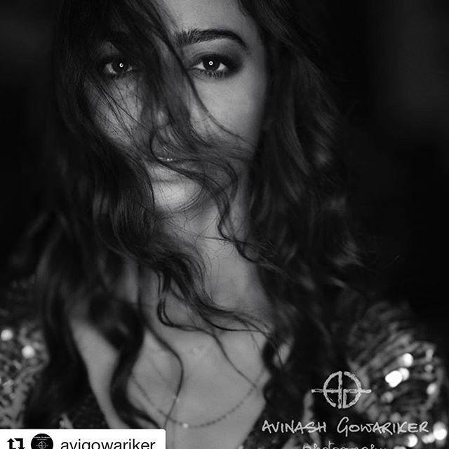 Beautiful & Gorgeous Actress Radhika Apte Recent Photo Stills