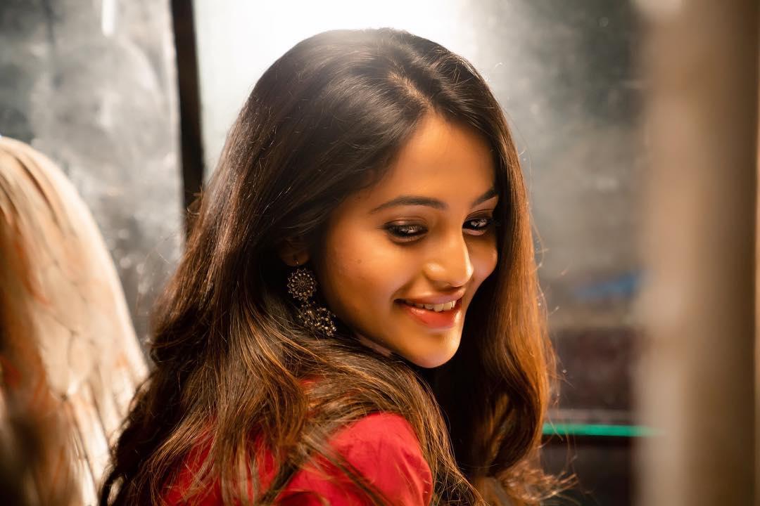Bhavani Sre Seducing In Her Latest Photos