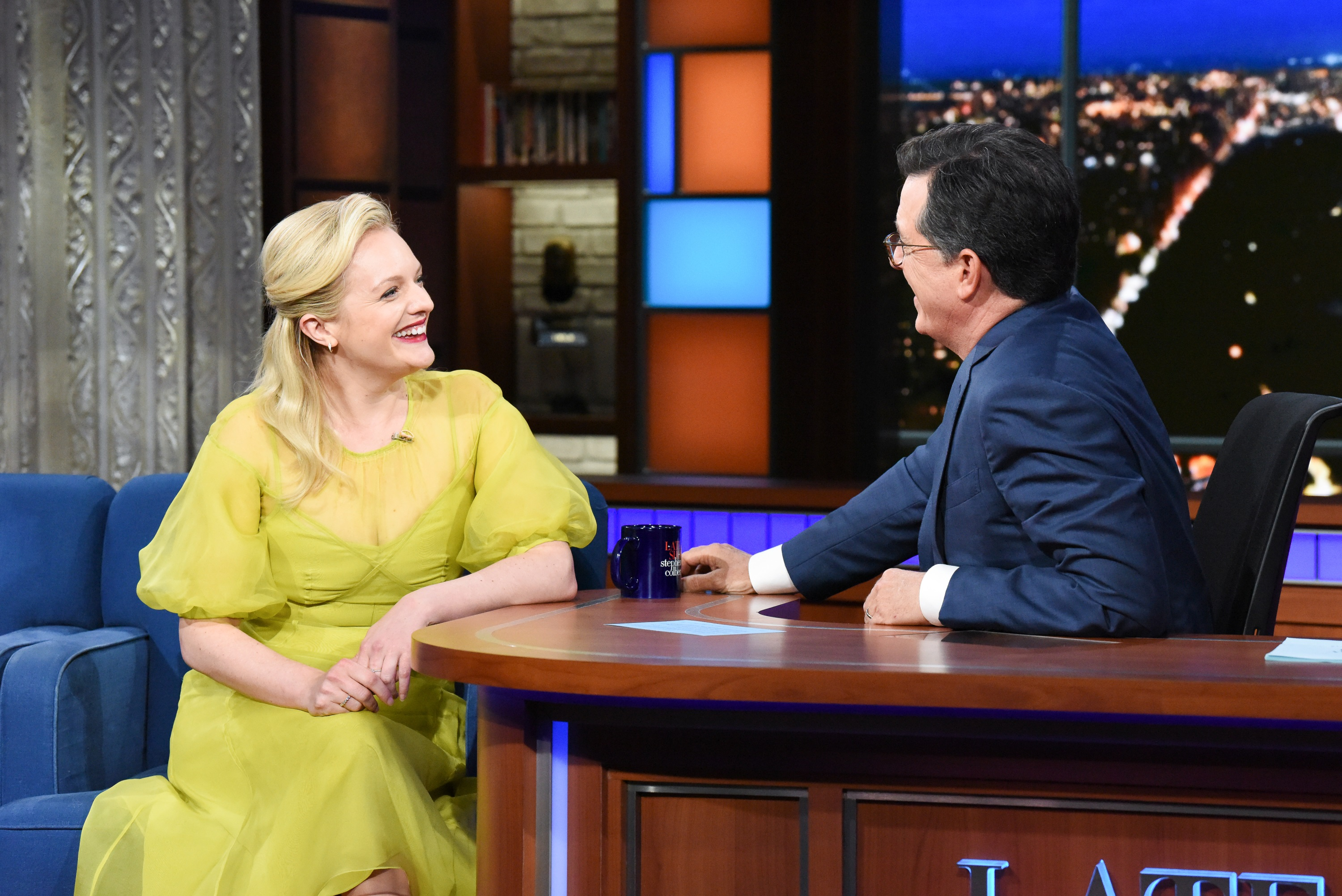 Elisabeth Moss At The Late Show With Stephen Colbert