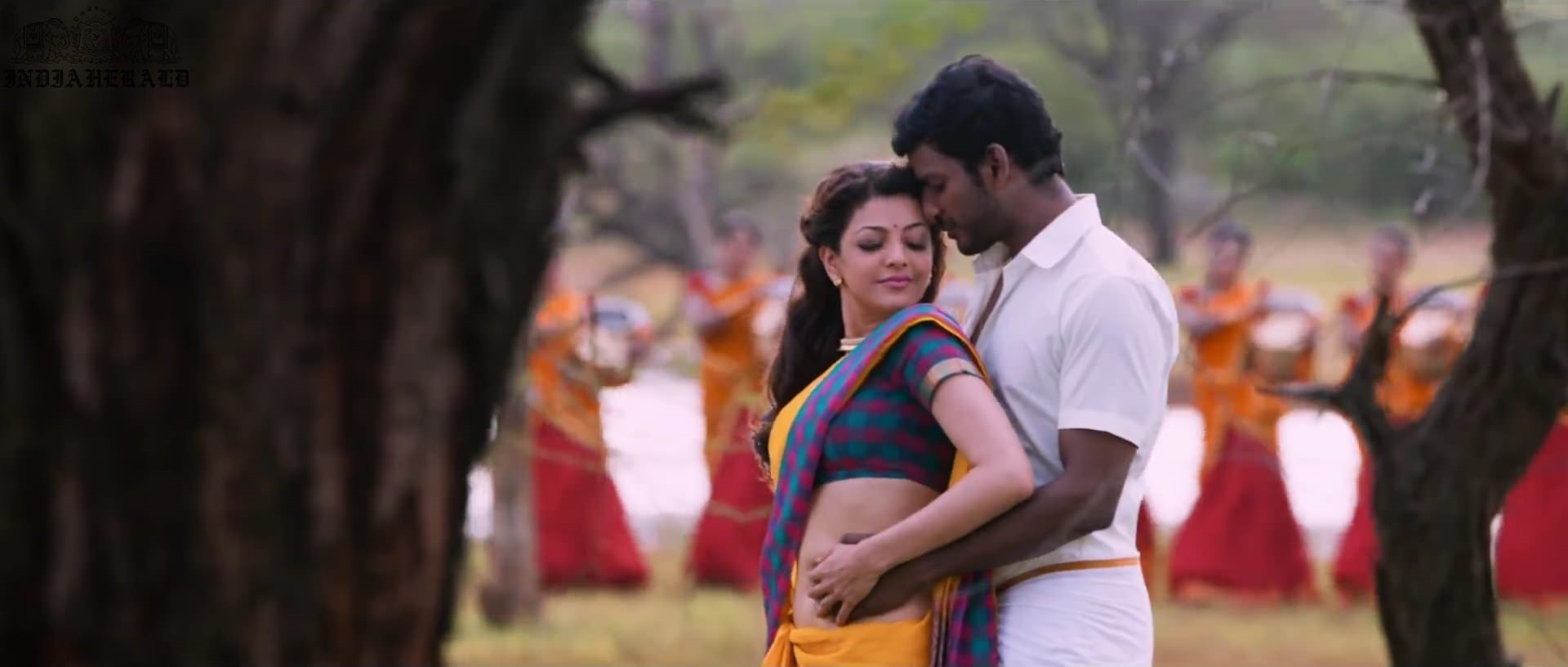 Kajal Aggarwal waist squeezed and Navel pressed by Hero Hot photos Set 2