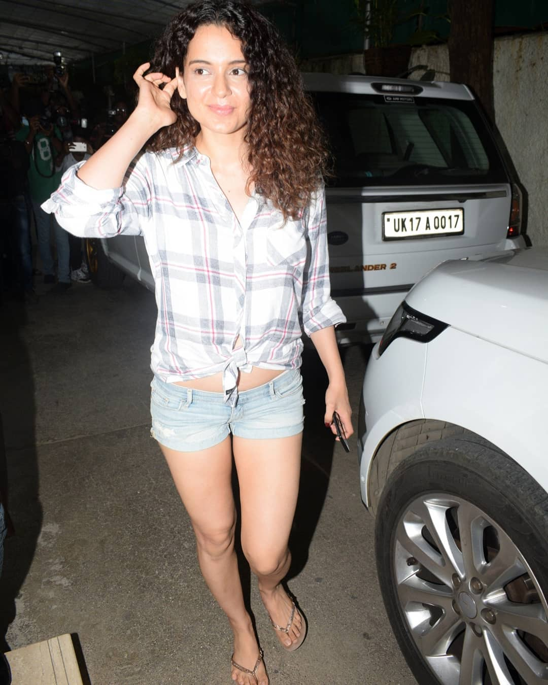 Kangana In A Sexy Demin Shorts At An Event