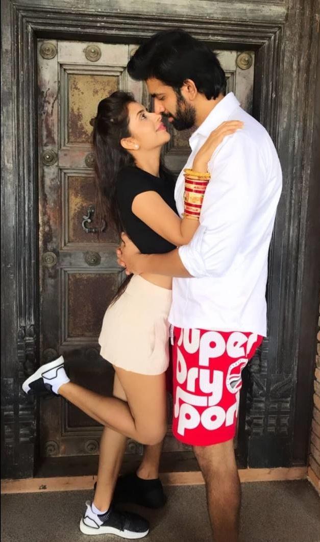 Leaked Honeymoon Hot Photos Of Charu Asopa And Rajeev Sen Set 3