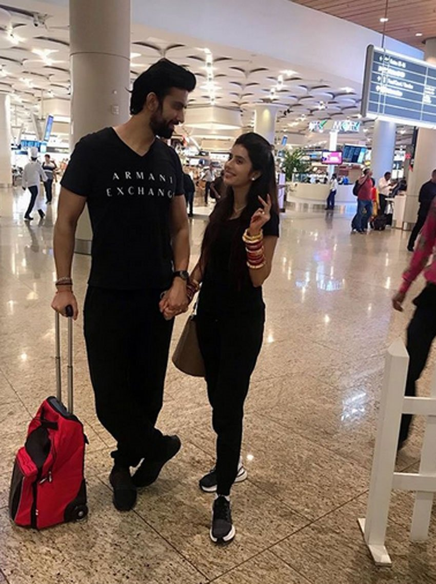 Leaked Honeymoon Hot Photos Of Charu Asopa And Rajeev Sen Set 4