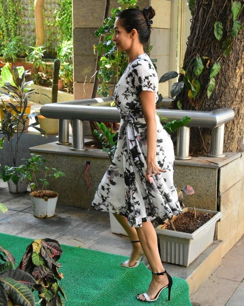 Malaika Arora Spotted Outside At Cafe Early Morning At Mumbai
