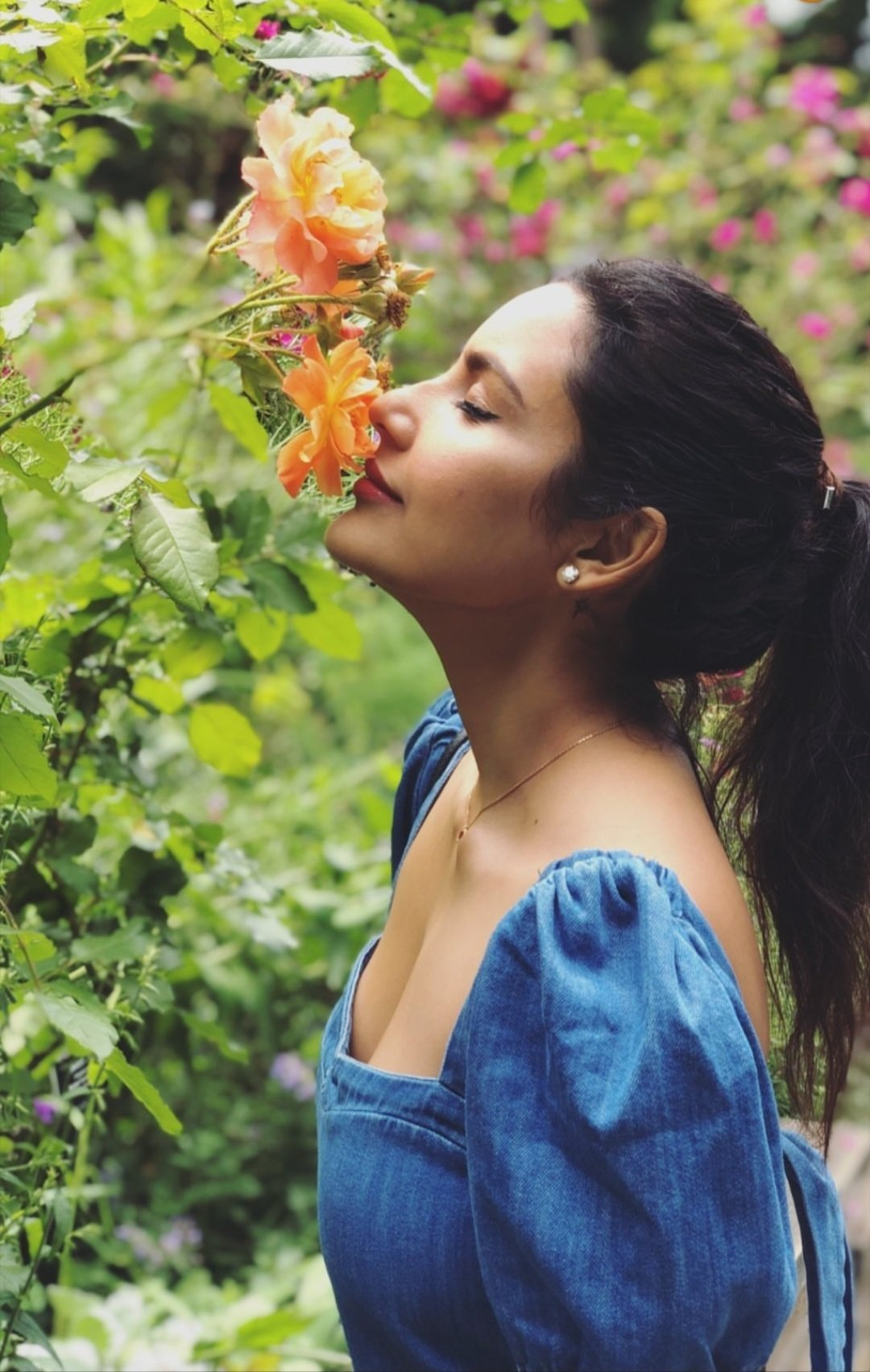 Priya Anand Goes Sexy During Her Vacation