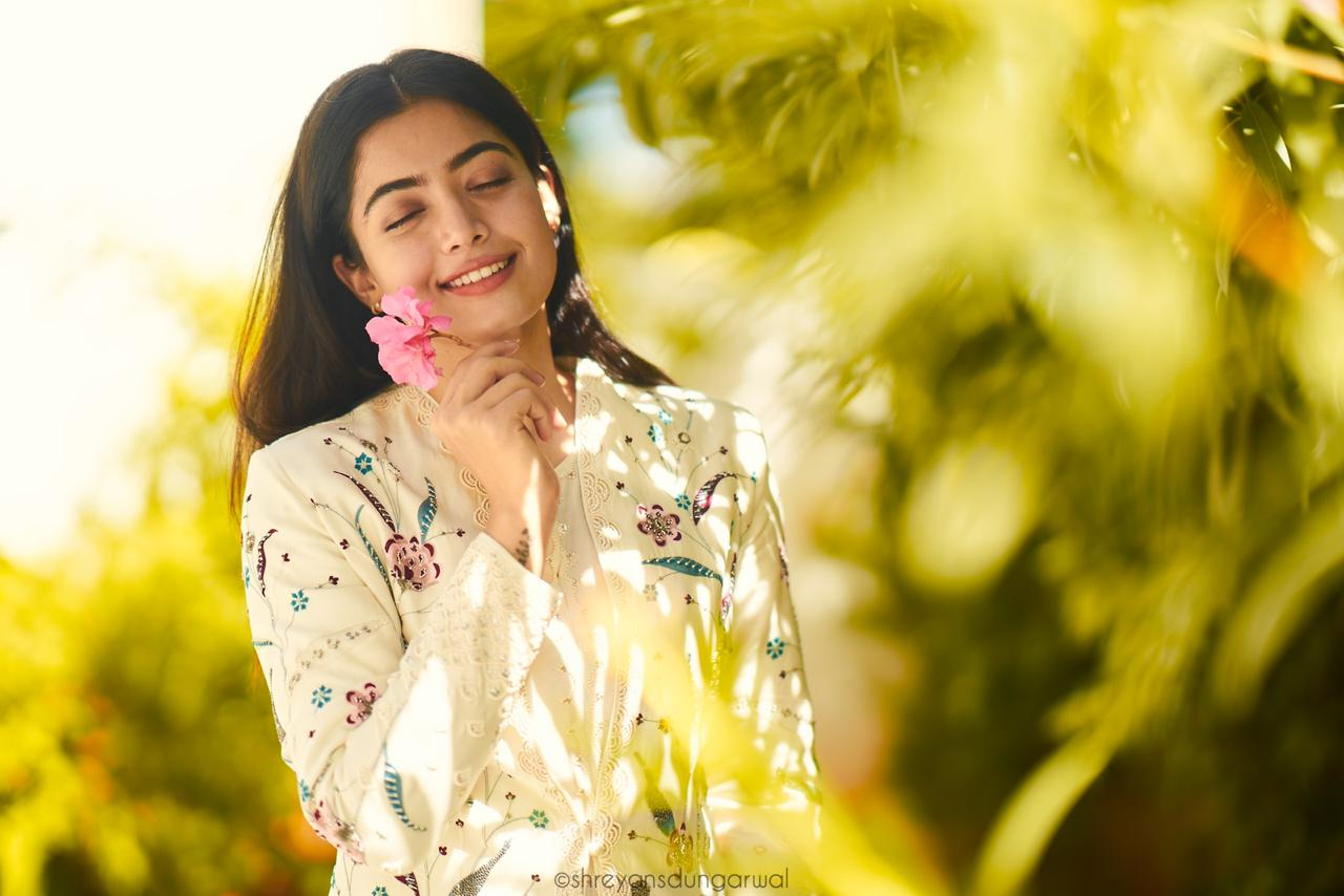 Rashmika Mandanna Latest Cute Photoshoot Stills