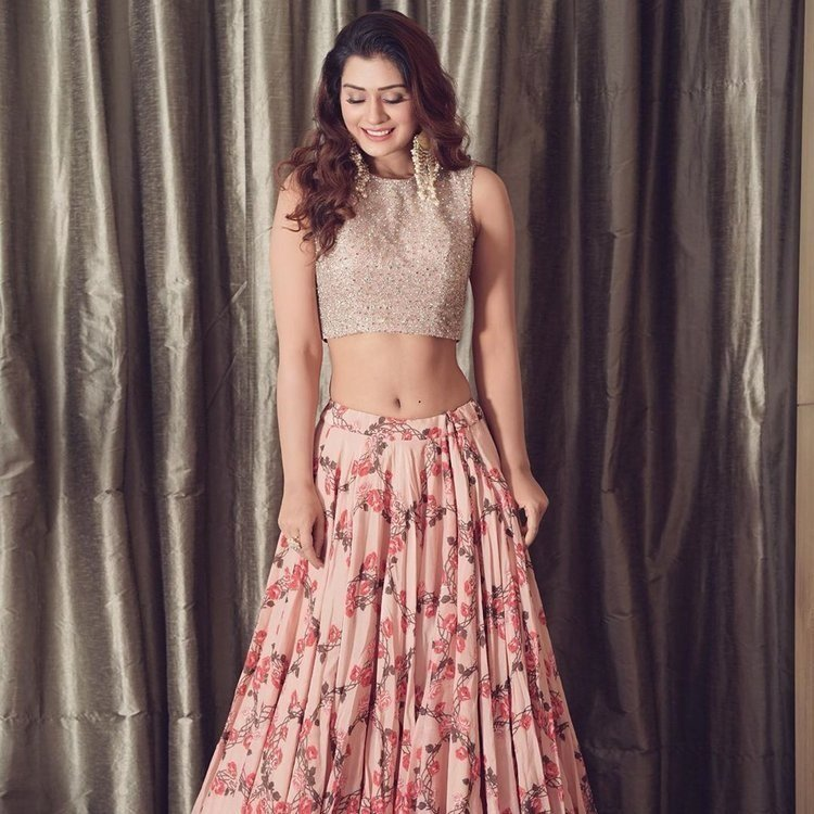 Stunning Payal Rajput Shows Off Her Sexy Curves